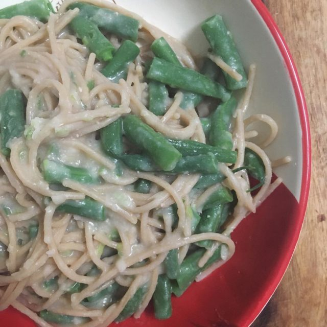 Brown rice amp quinoa pasta with green beans and dilutedhellip